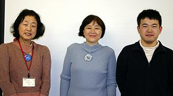 亀岡昌子さん(左)・吉村由喜子さん(中央)・中村悠さん(右)